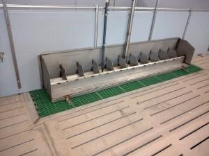 Hopper Feeders & Stainless Steel Troughs